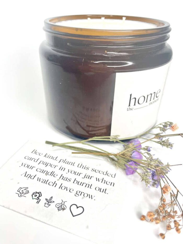 The Home Moment Artisan Soy Candle - On The Vine Fragrance Seeded Card